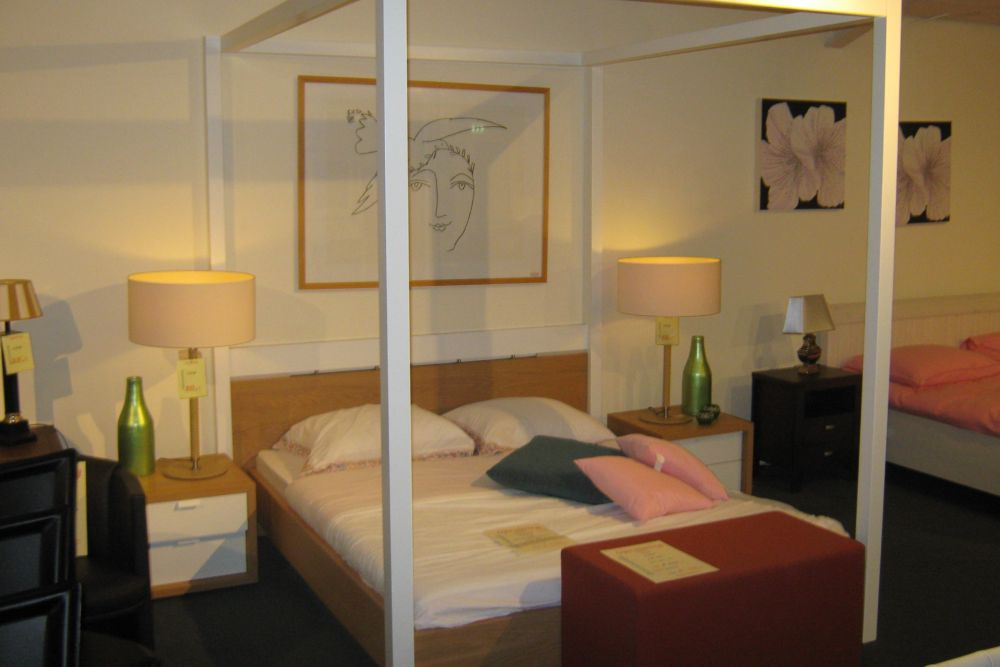 h lsta now no 10 hemelbed uitverkoop. Black Bedroom Furniture Sets. Home Design Ideas